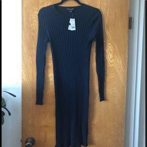 BR long sleeve lightweight ribbed sweater dress M